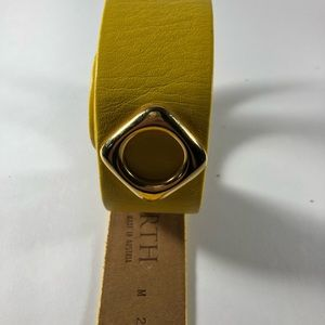 Worth Accessories - Vintage Worth Leather Belt Size Medium Yellow/Gold